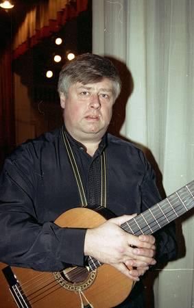 Леонид сергеев колоколенка видеоклип на песню скачать бесплатно на.